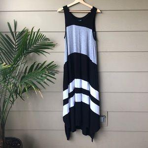 Simply Vera Wang • Color Block Maxi Dress